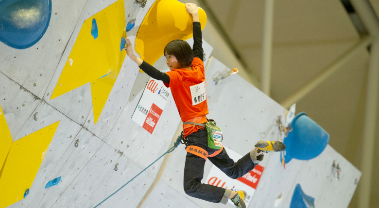 森秋彩が圧巻の登りで首位 リードジャパンカップ2021【女子準決勝】